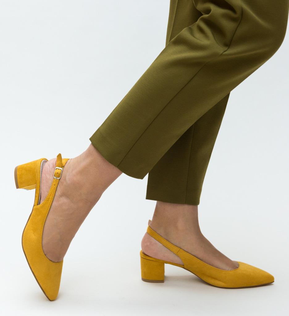 Pantofi Khalil Galben imagine