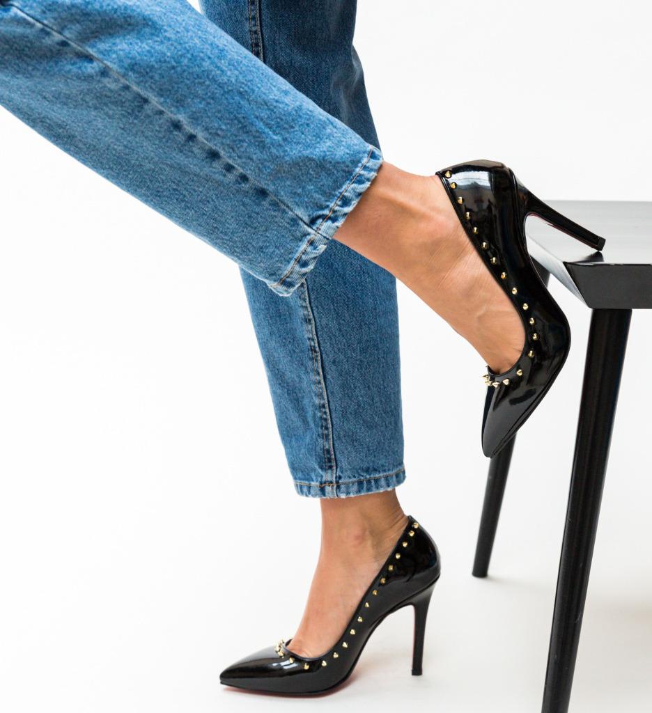 Pantofi Nicor Negri imagine
