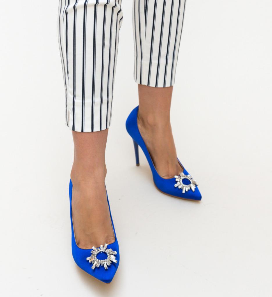 PantofI Spiti Albastri 2