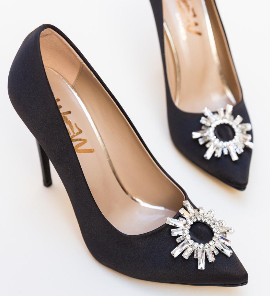 PantofI Spiti Negri 2