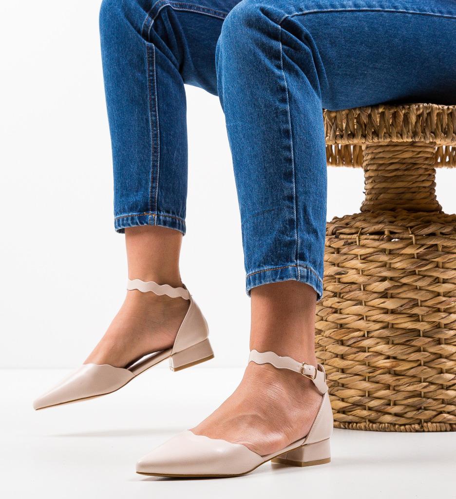 Pantofi Tierne Nude