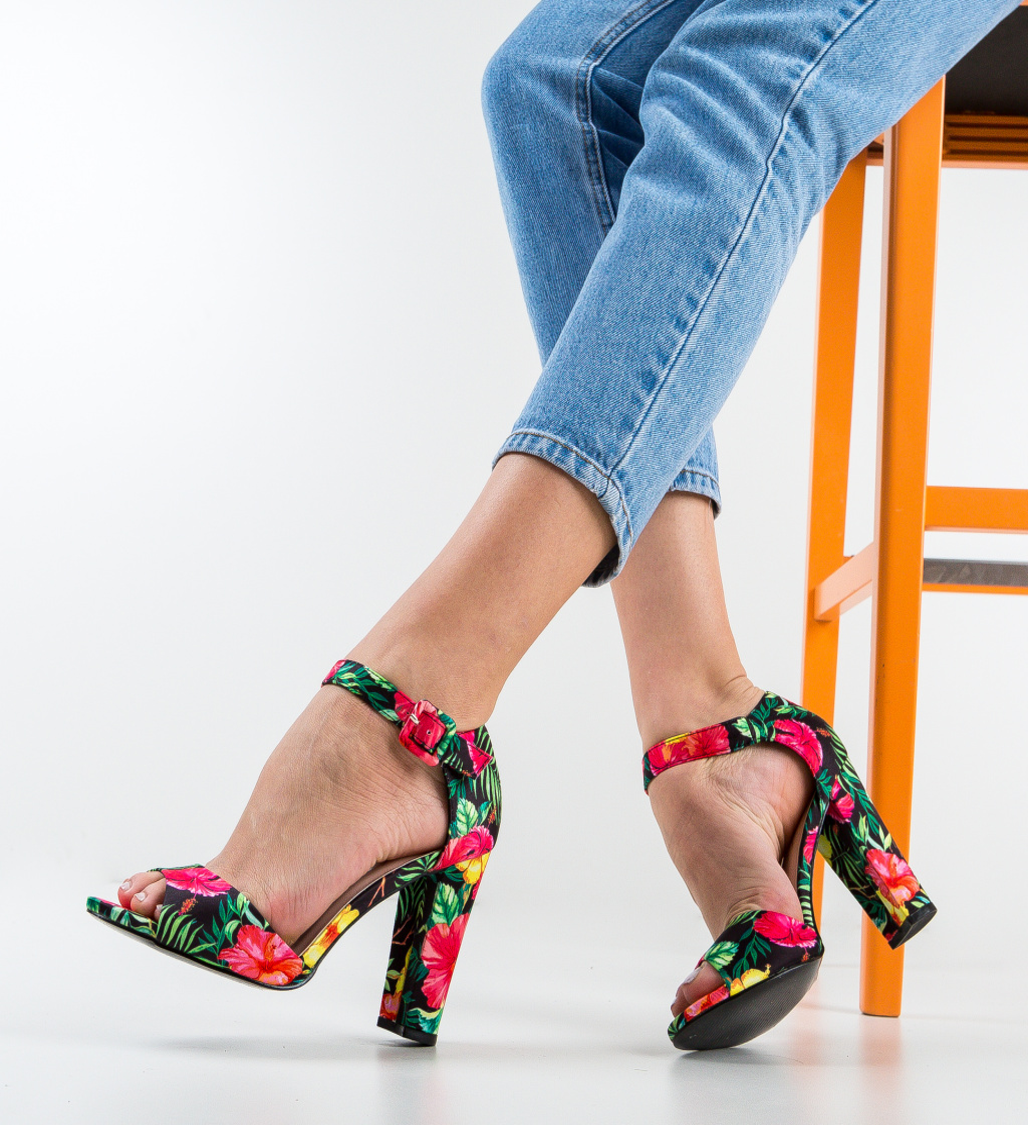 Sandale Pooja Negre