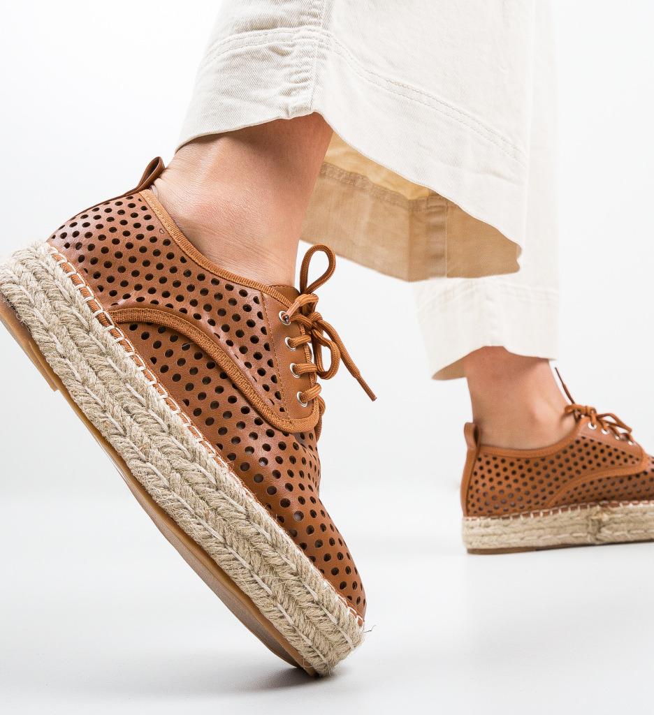 Pantofi Casual Cazori Maro