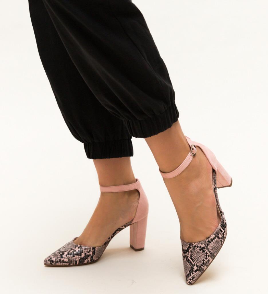 Pantofi Cupra Roz