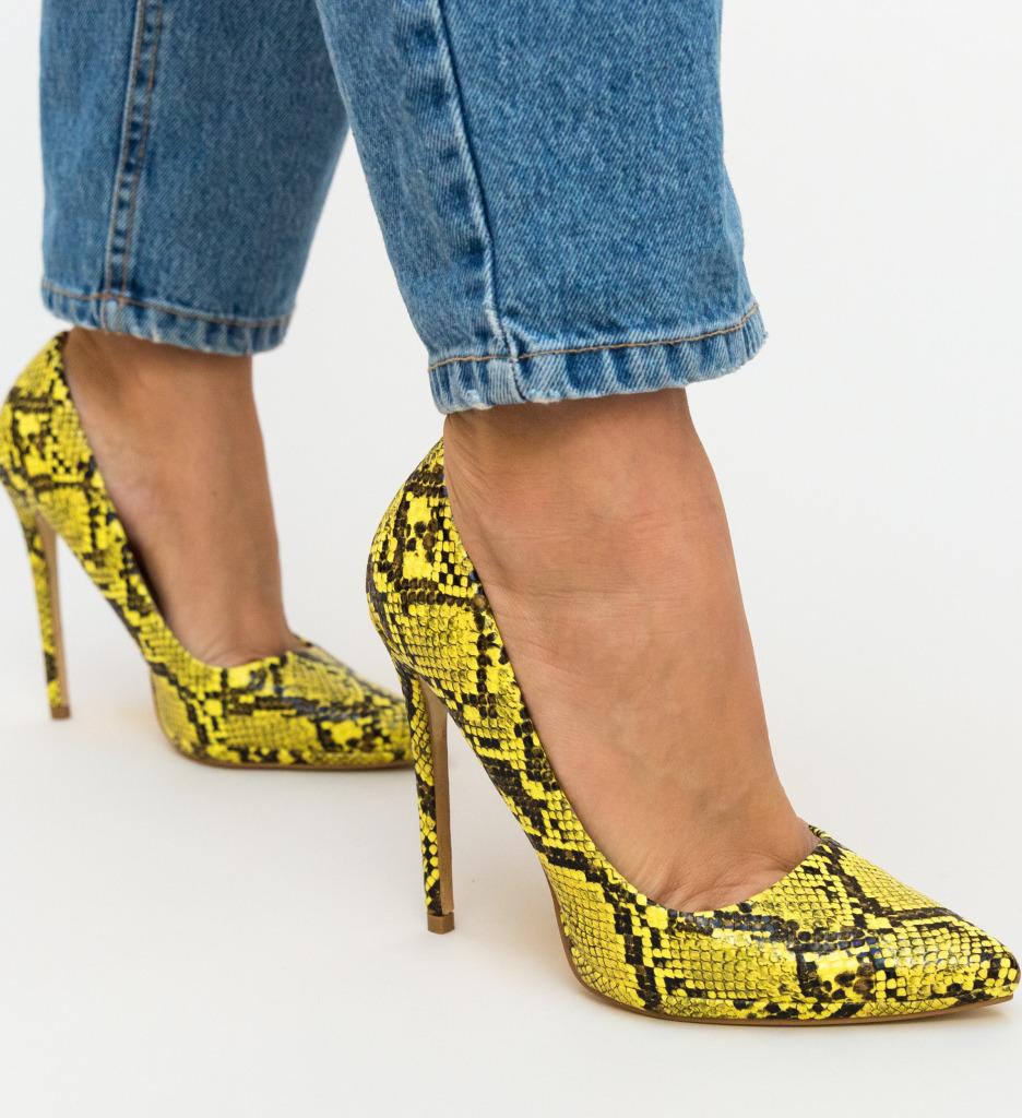 Pantofi Eylin Galbeni
