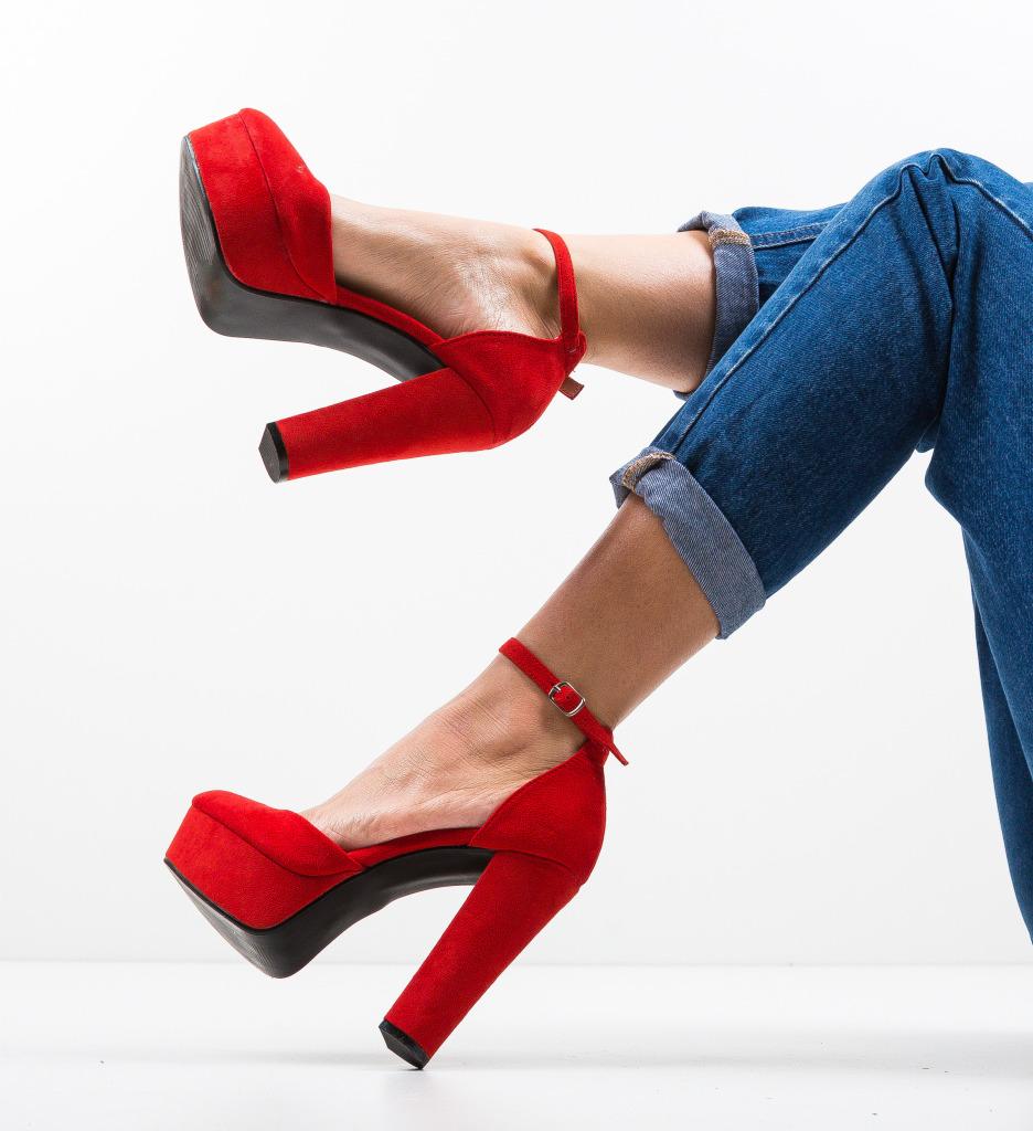 Pantofi Jillia Rosii