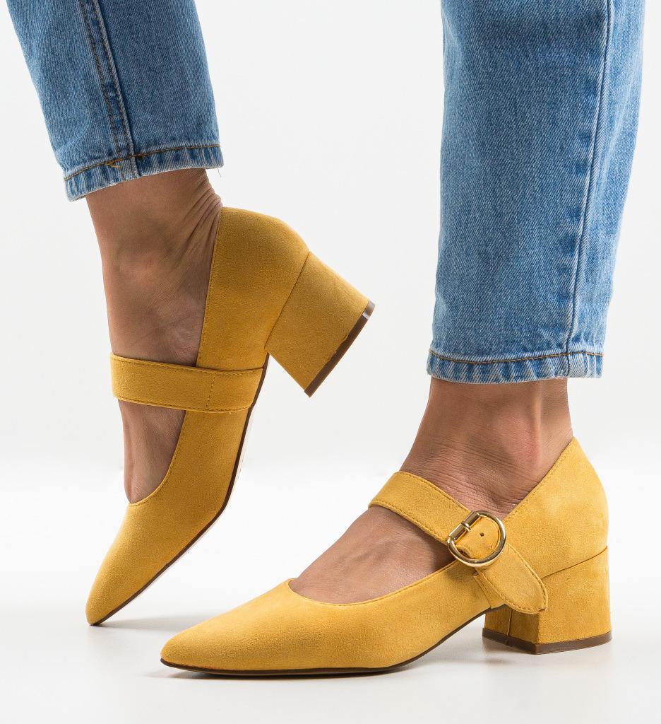 Pantofi Kacy Galbeni