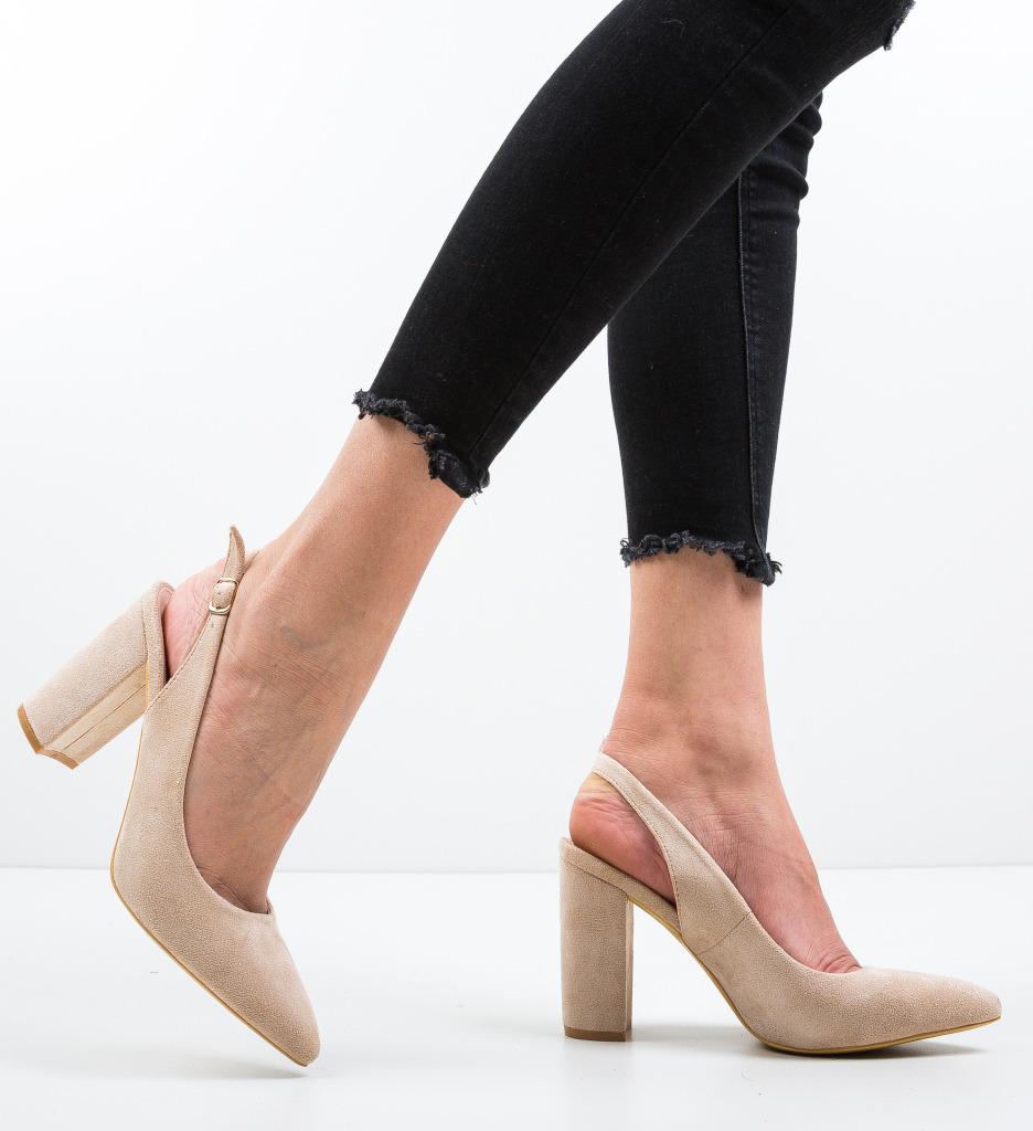 Pantofi Kyal Bej