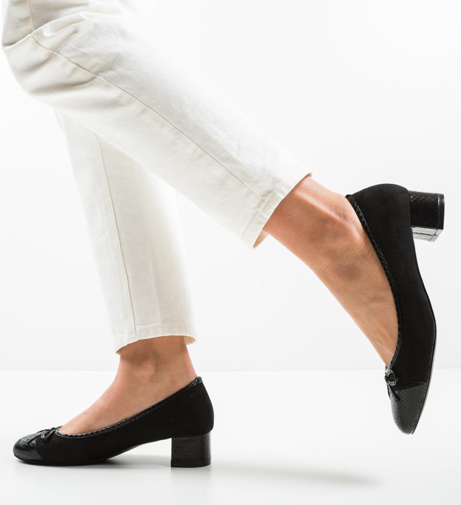 Pantofi Mans Negri