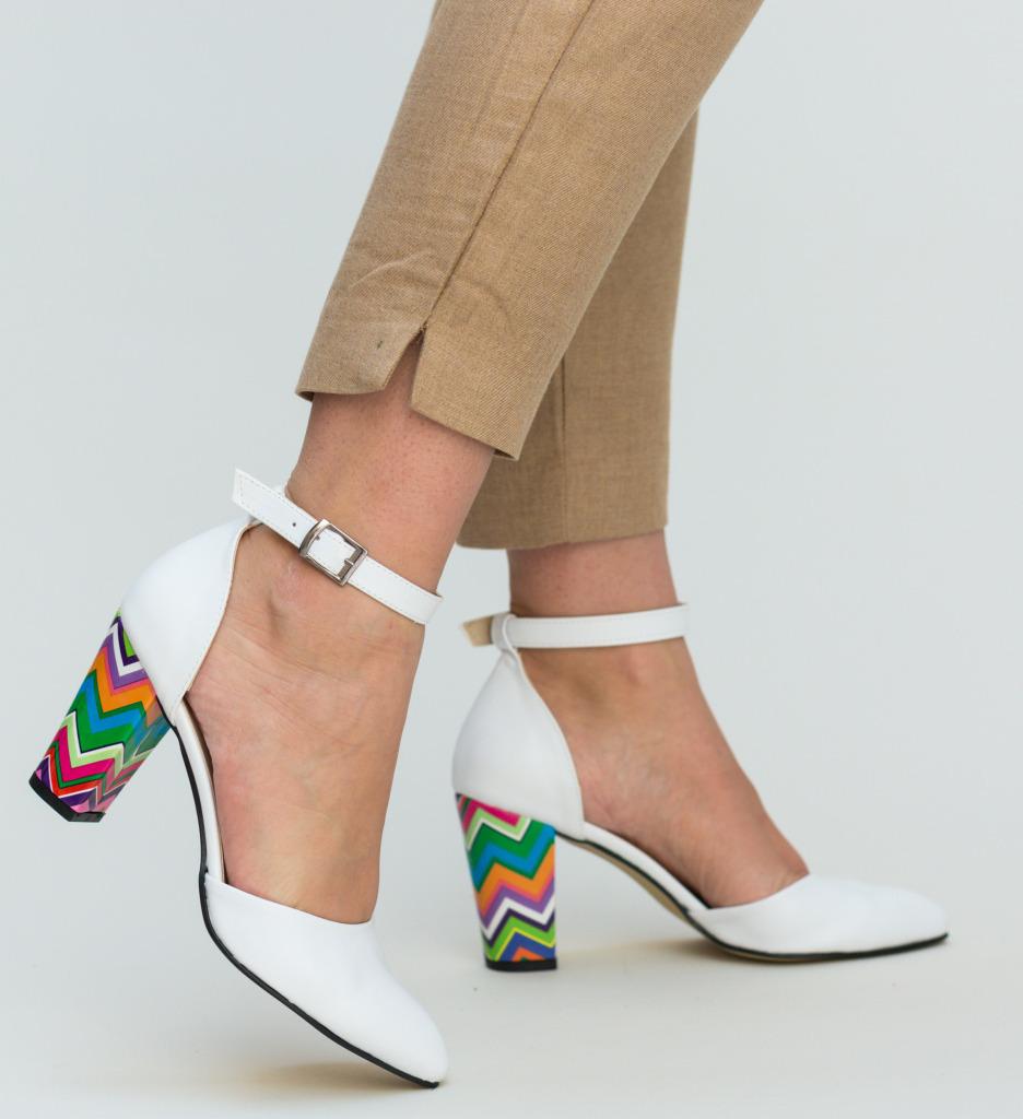 Pantofi Muzli Albi 2