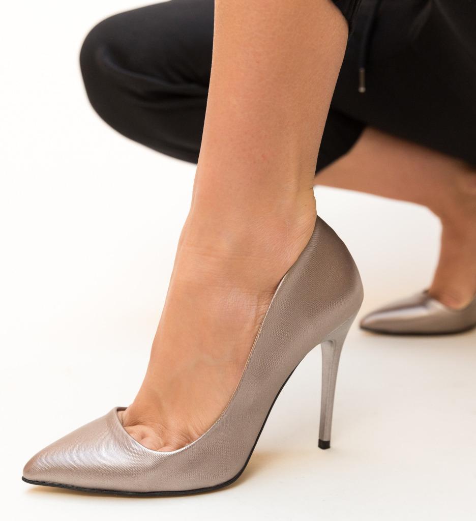 Pantofi Nettie Gri