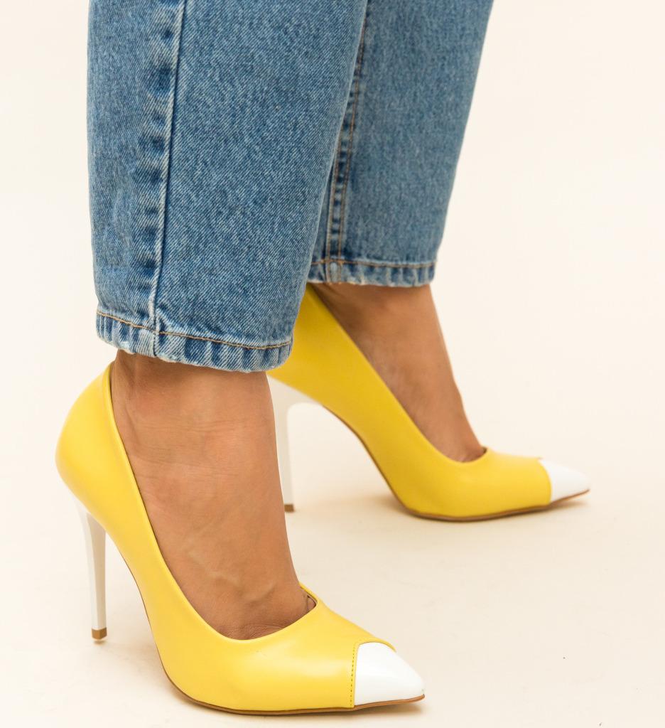 Pantofi Samara Galbeni