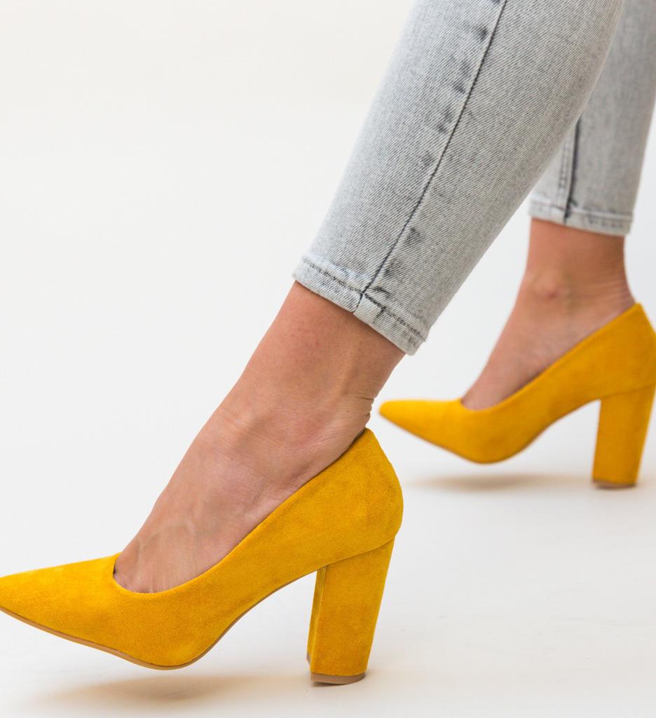 Pantofi Tabita Galbeni imagine 2021