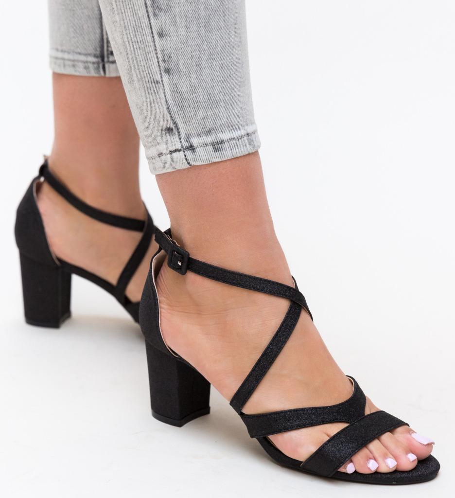 Sandale Nino Negre
