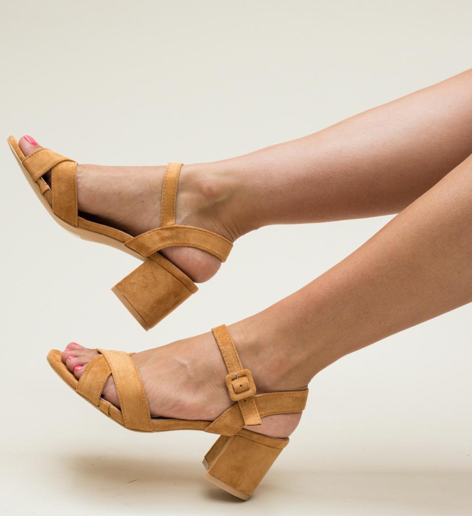 Sandale Stout Camel