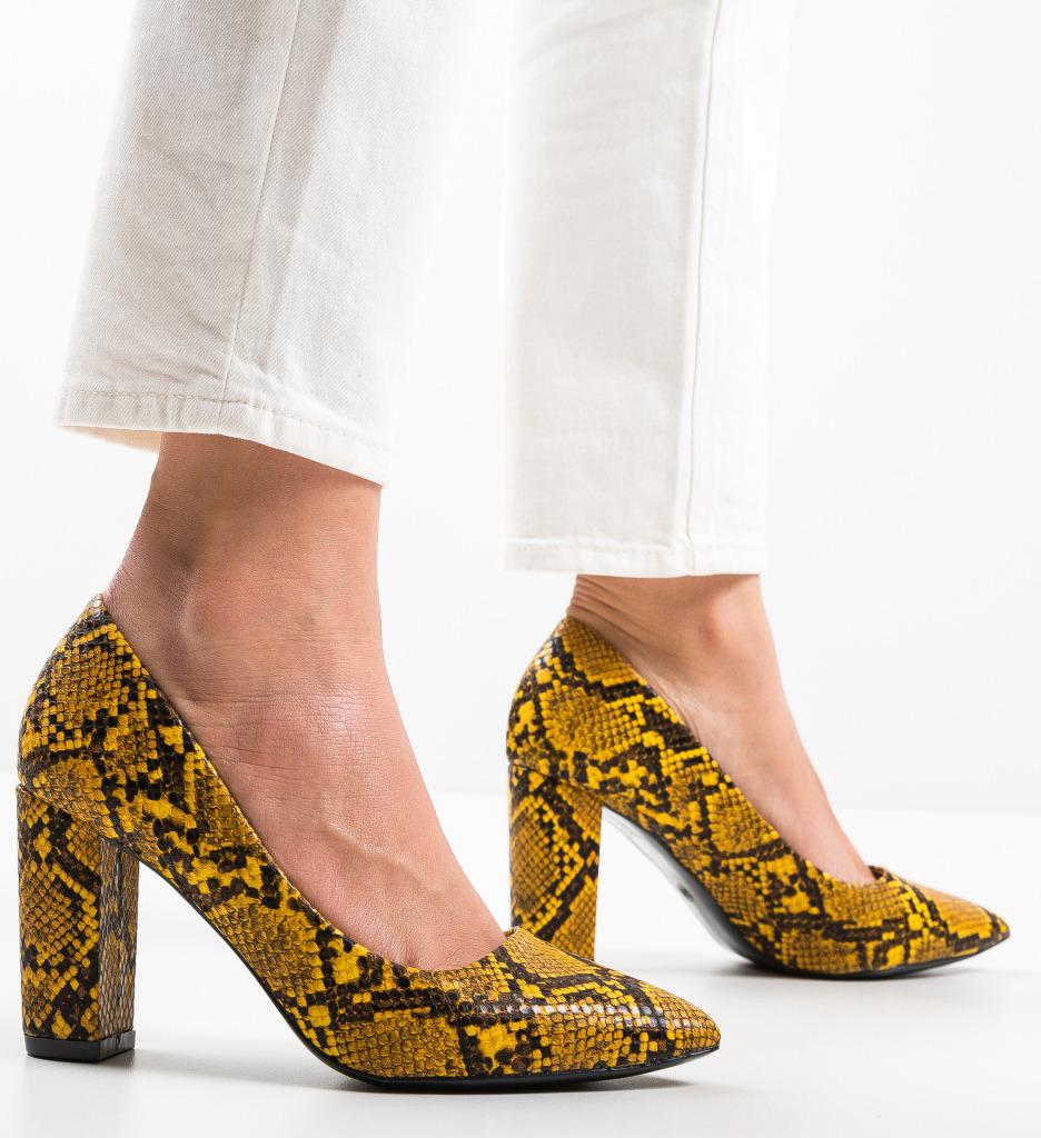 Pantofi Amal Galbeni