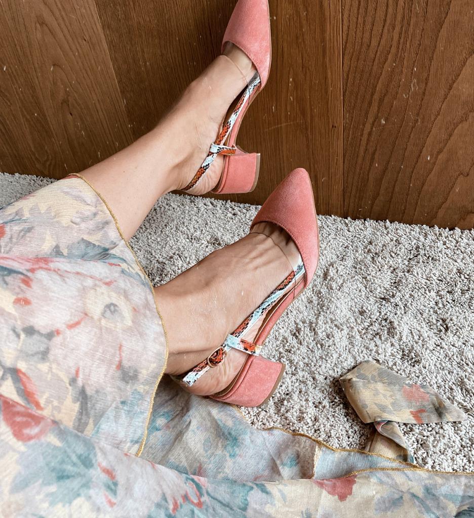 Pantofi Conall Roz