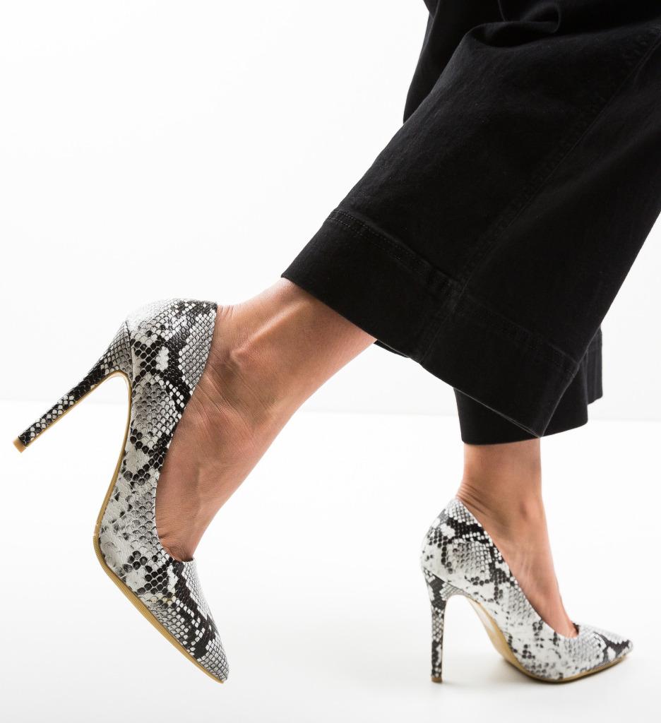 Pantofi Fear Albi