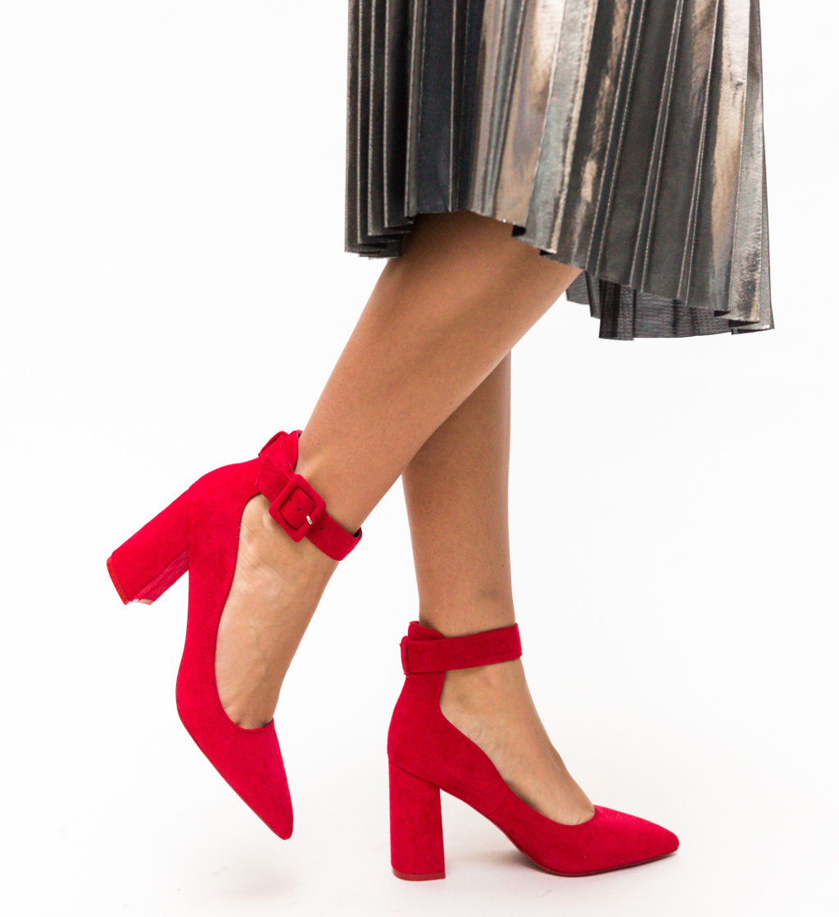 Pantofi Loga Rosii