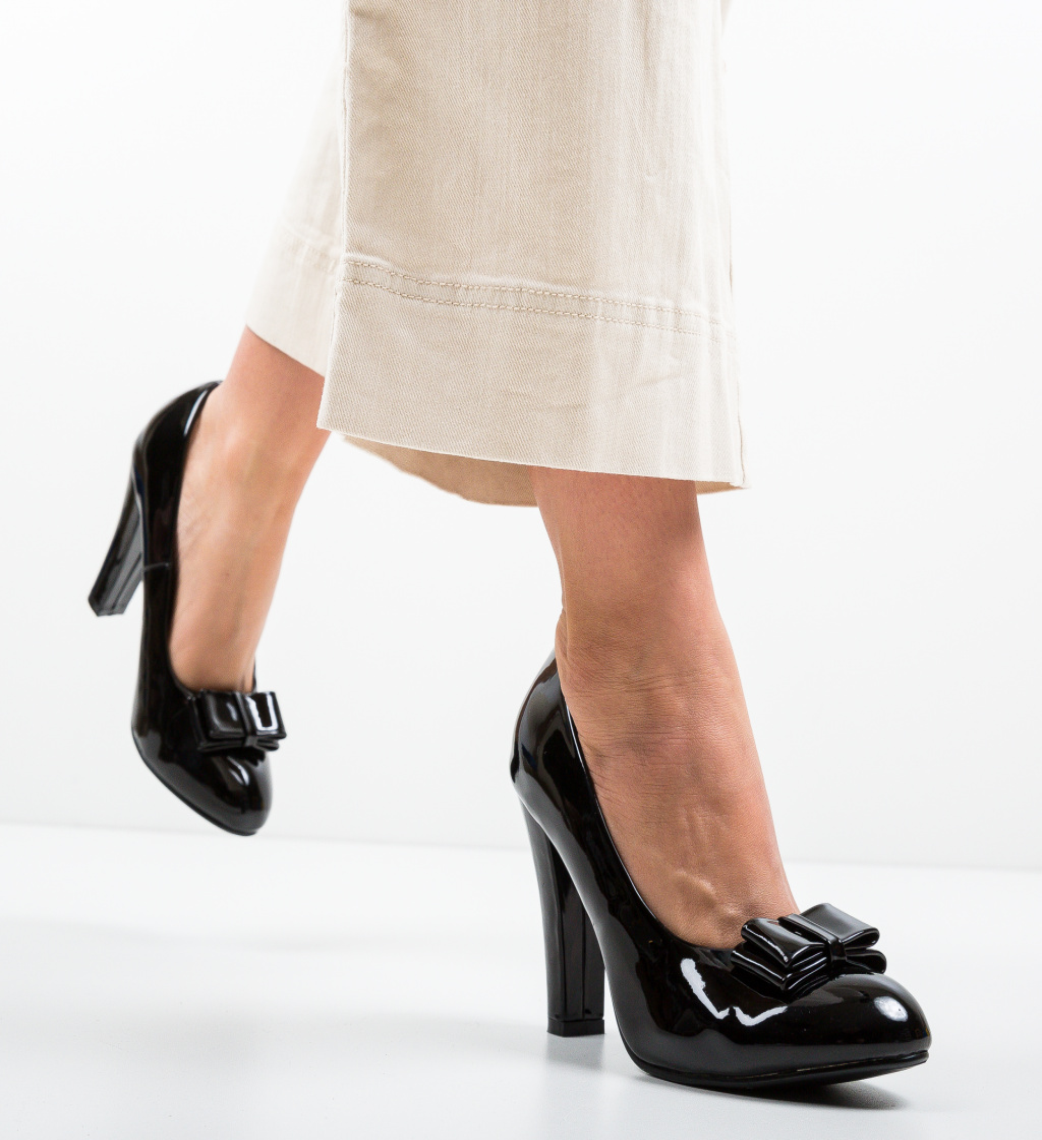 Pantofi Nassie Negri