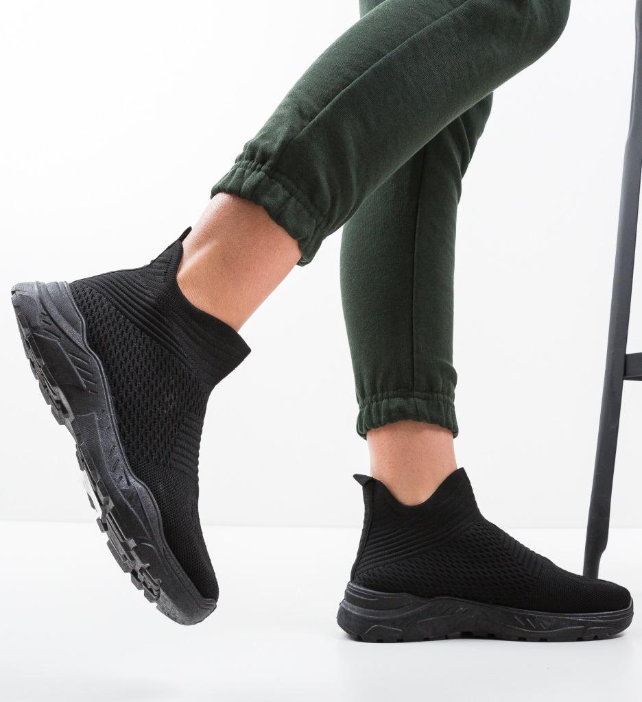 Pantofi Sport Chase Negri