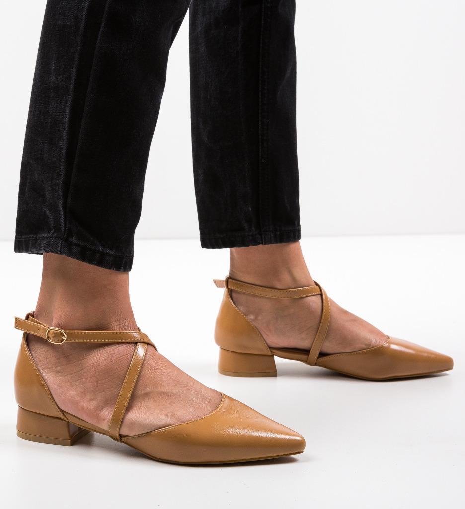 Pantofi Yousif Camel