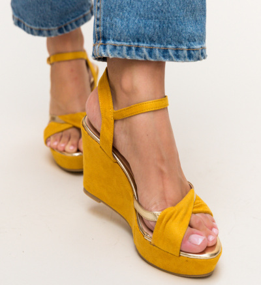 Sandale Megan Galbene