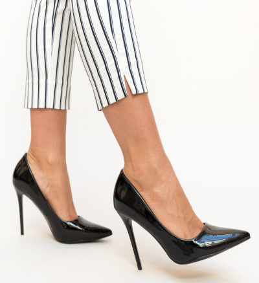 Pantofi Poppy Negri