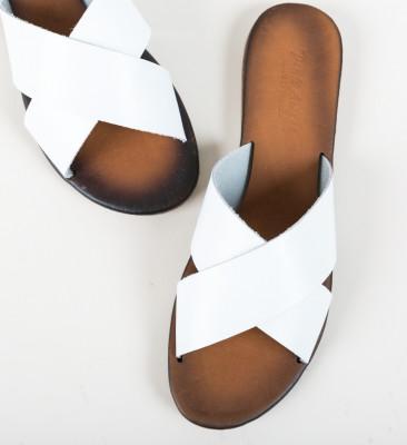 Papuci Mahraj Albi