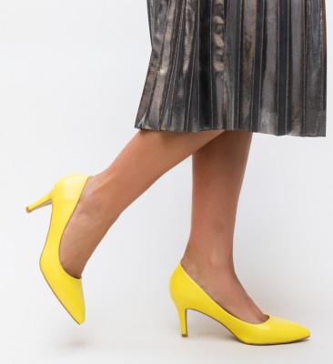 Pantofi Cheloo Galbeni