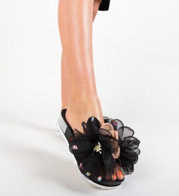 Papuci Adnan Negri