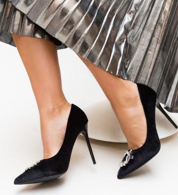 Pantofi Lisa Negri