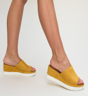 Sandale Muta Galbene