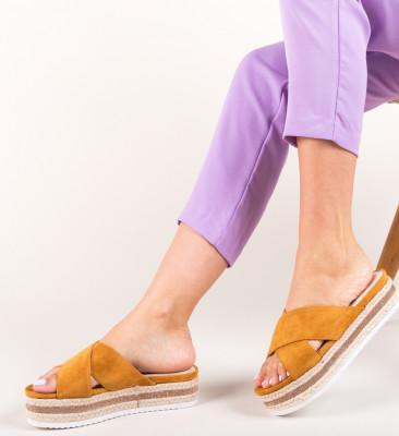 Papuci Izaac Camel