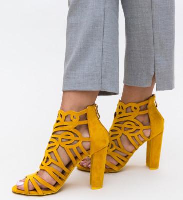 Sandale Aco Galbene