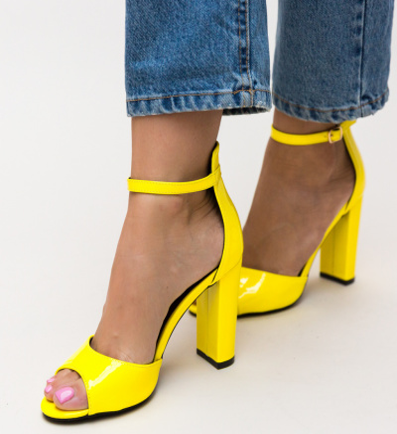 Sandale Tayab Galbene