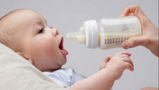 Ghid practic. Cum se sterilizeaza biberonul bebelusului?