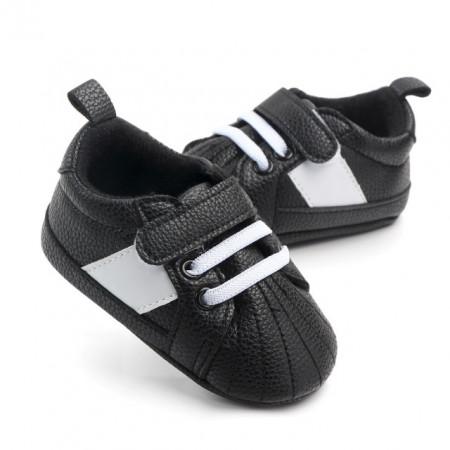 Adidasi bebelusi negri cu sireturi