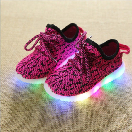 Adidasi roz ciclamen in degrade cu luminite