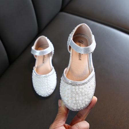 Pantofi eleganti cu perlute si strasuri