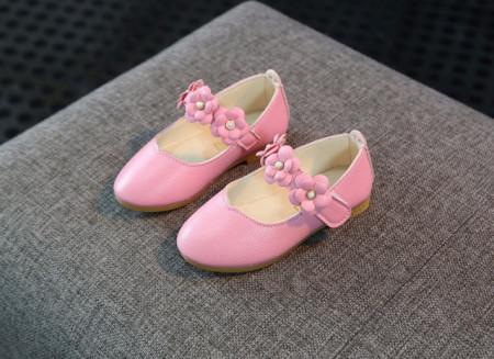Pantofiori roz cu floricele cu perlute