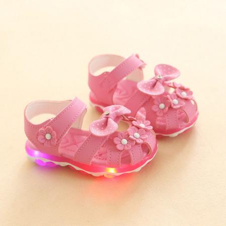 Sandale roz cu floricele pentru fetite