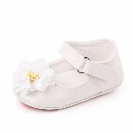 Pantofiori din lac - Margareta alba