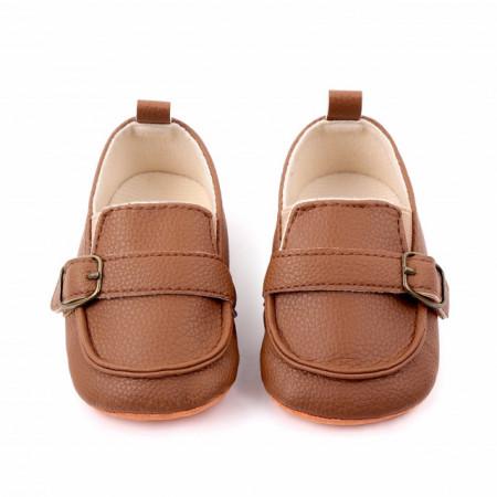Pantofiori eleganti maro pentru baietei