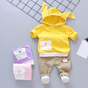 Costum bebelusi cu hanorac galben - Bunny