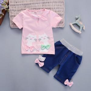 Costumas fetite cu tricou roz - Pisicute