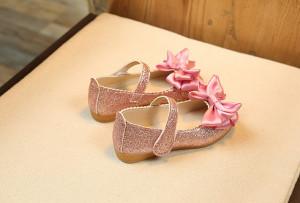 Pantofi eleganti cu sclipici