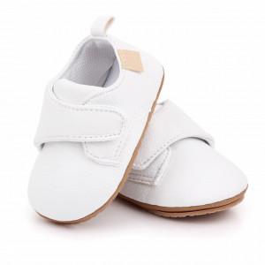 Pantofiori albi cu bareta cu arici