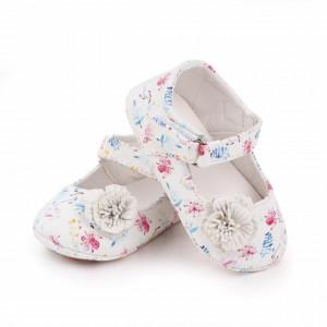 Pantofiori albi pentru fetite - Frunzulite colorate