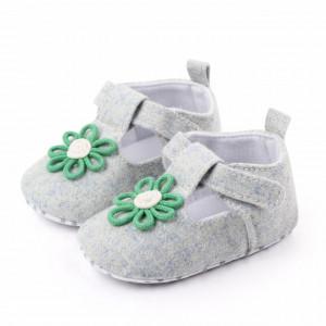 Pantofiori gri cu floricica verde